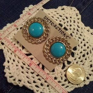 💮4 for $10💮Costume Tourquoise earrings